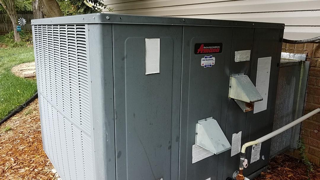 Ooltewah, TN - Service call. Performed repair on Amana AC