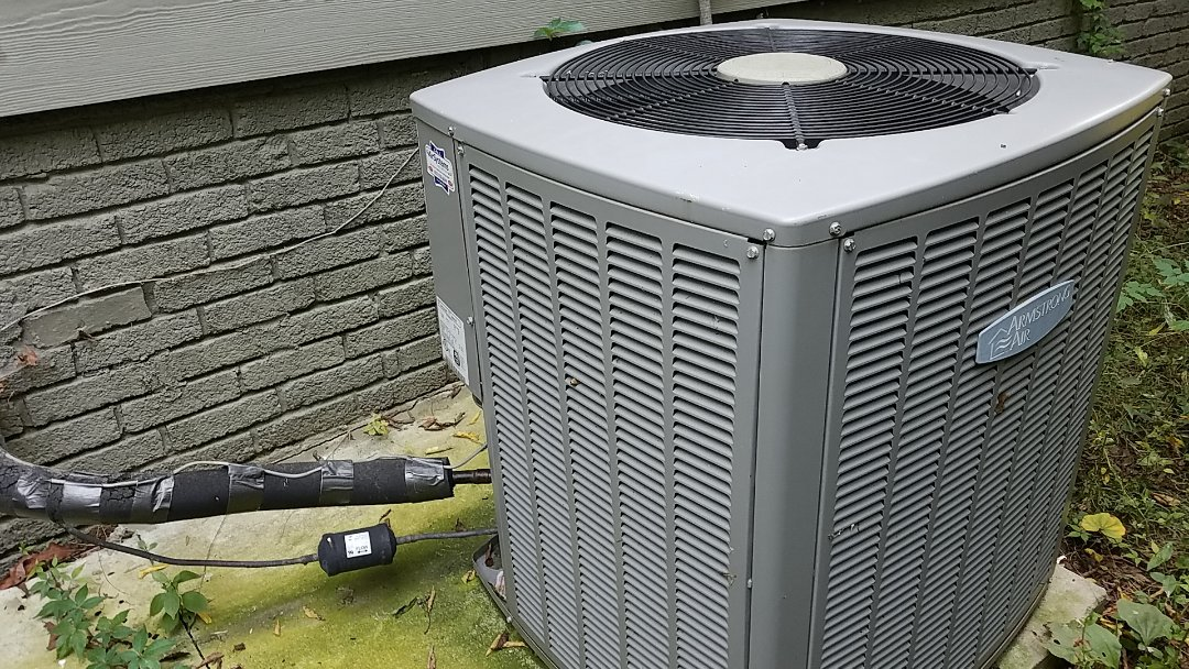 Chattanooga, TN - Service call. Performed repair on Armstrong Air heat pump