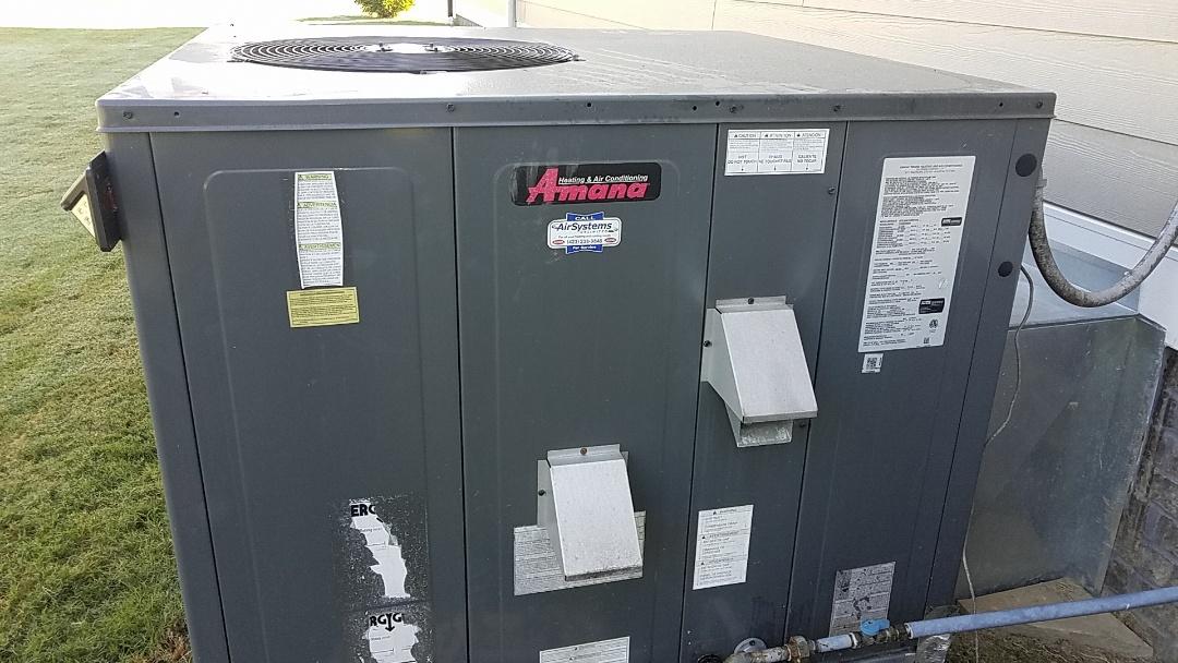 Ooltewah, TN - Maintenance call. Performed maintenance on Amana furnace