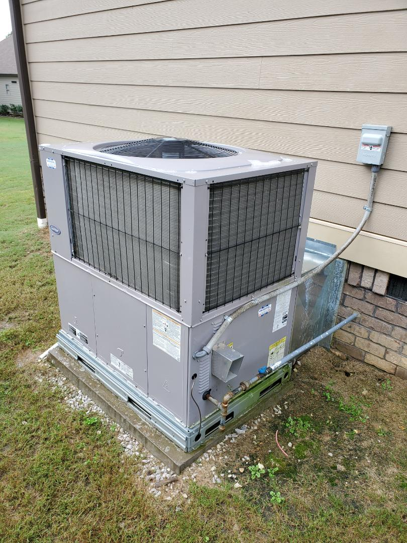 Ooltewah, TN - Service call . Perform repair on carrier gas package