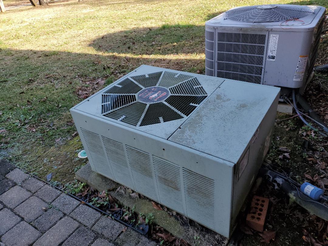 McDonald, TN - Service call.  Performed repair on Ruud heat pump.
