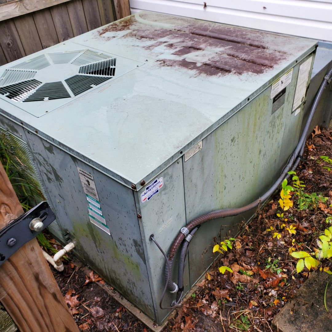 McDonald, TN - Service call. Performed repair on Rudd package heat pump.
