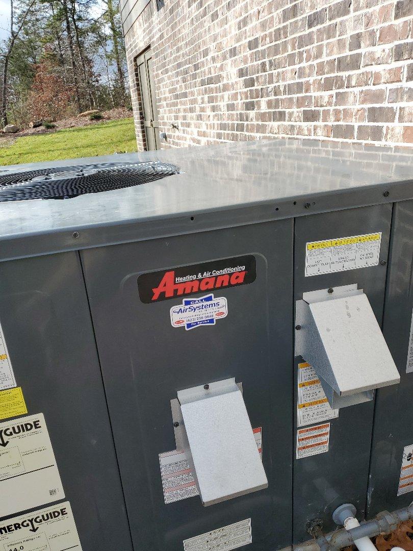 Ooltewah, TN - Service call. Performed repair on Amana furnace.