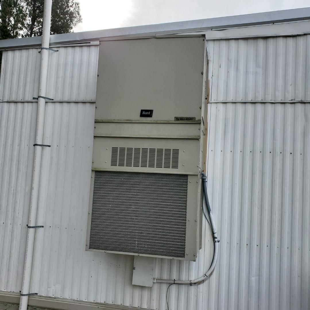 Ooltewah, TN - Service call. Performed repair on Bard heat pump.