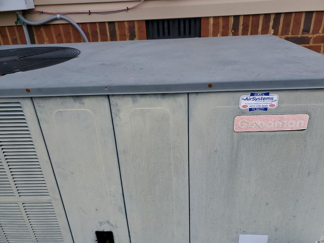 Ooltewah, TN - Maintenance call. Perfromed maintenance on Goodman heat pump