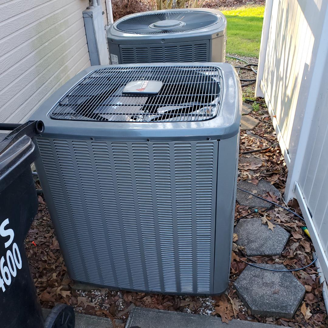 Soddy-Daisy, TN - Service call.  Performed repair on Amana heat pump.