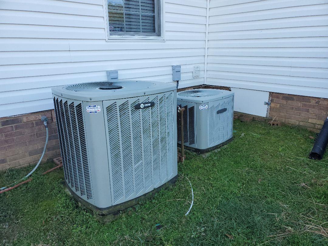 Cleveland, TN - Maintenance Call. Performed maintenance on Trane heat pump.