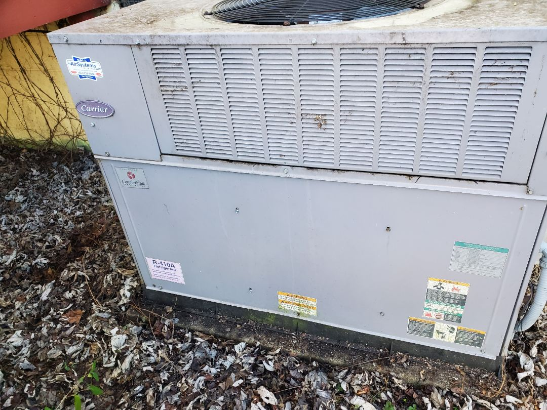 Cleveland, TN - Service call. Performed repair on Carrier heat pump.