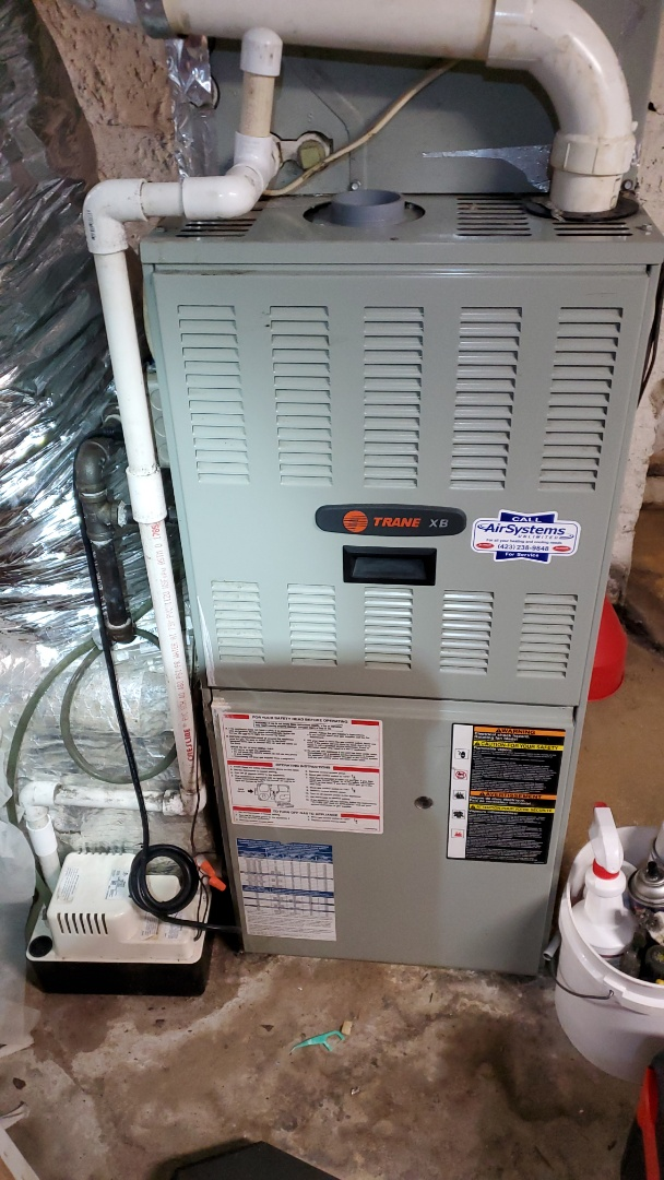 Signal Mountain, TN - Maintenance call. Performed maintenance on Trane furnace.