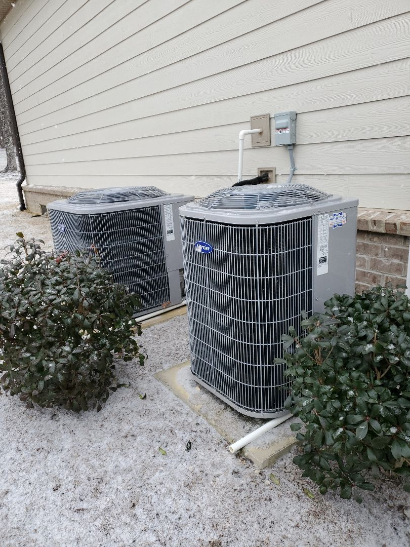 Signal Mountain, TN - Service call. Performed repair on Carrier heat pump.