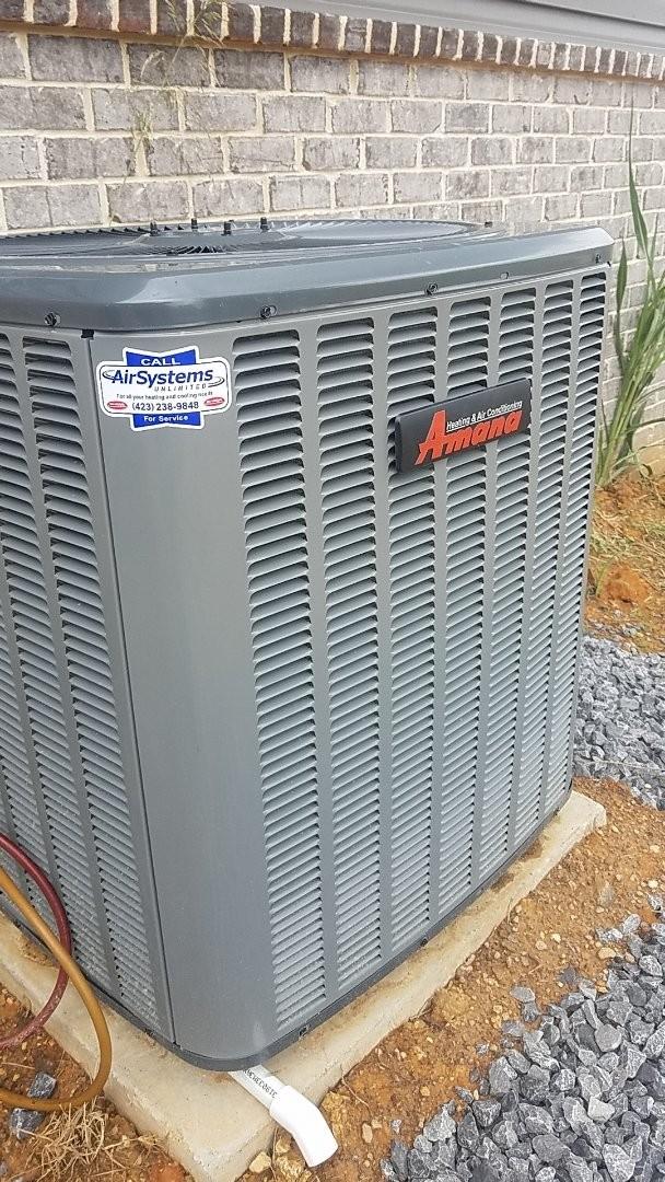Ooltewah, TN - Service call. Performed repair on Amana heat pump.