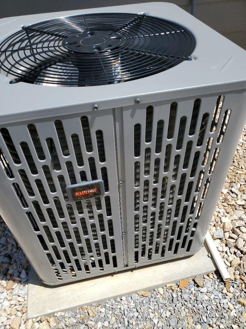 Chattanooga, TN - Service call. Performed repair on Runtru heat pump