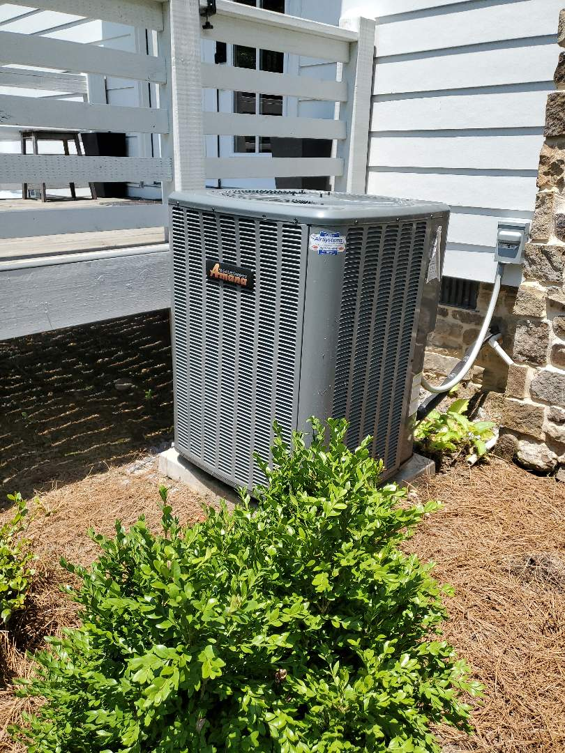 Harrison, TN - Service call. Performed repair on Amana heat pump.