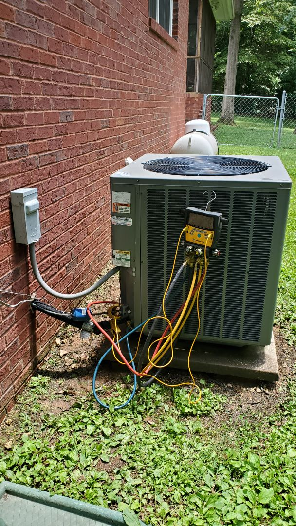 Cleveland, TN - AC maintenance call. Performed service on Rheem unit