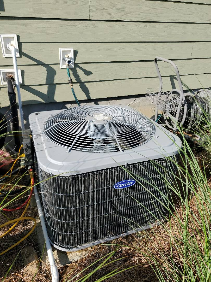 Apison, TN - Service call.  Performed service on a Carrier system.