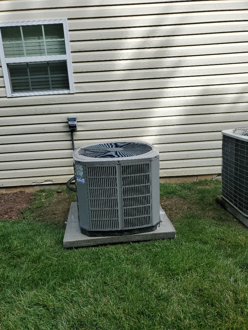 Ooltewah, TN - Service call.  Performed maintenance on American Standard system.