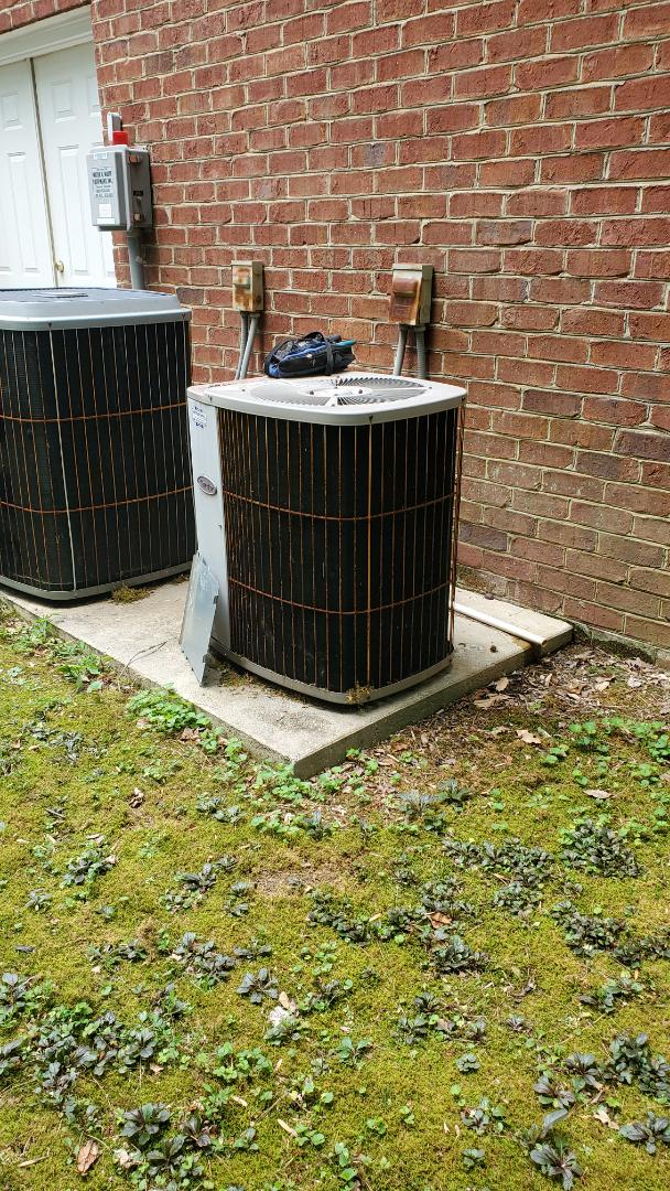 Cleveland, TN - AC service call. Performed service on Carrier unit