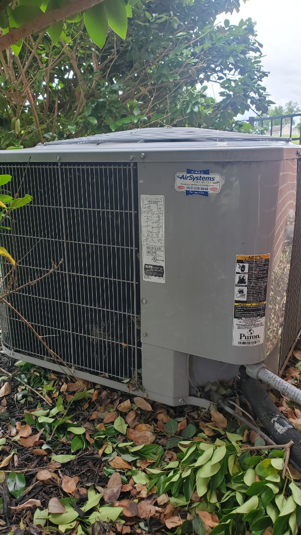 Ooltewah, TN - AC service call. Performed repair on Carrier unit