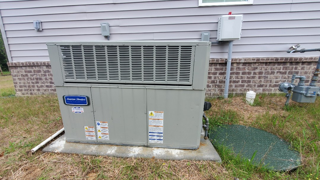 Chattanooga, TN - AC warranty call. Performed service on American Standard unit