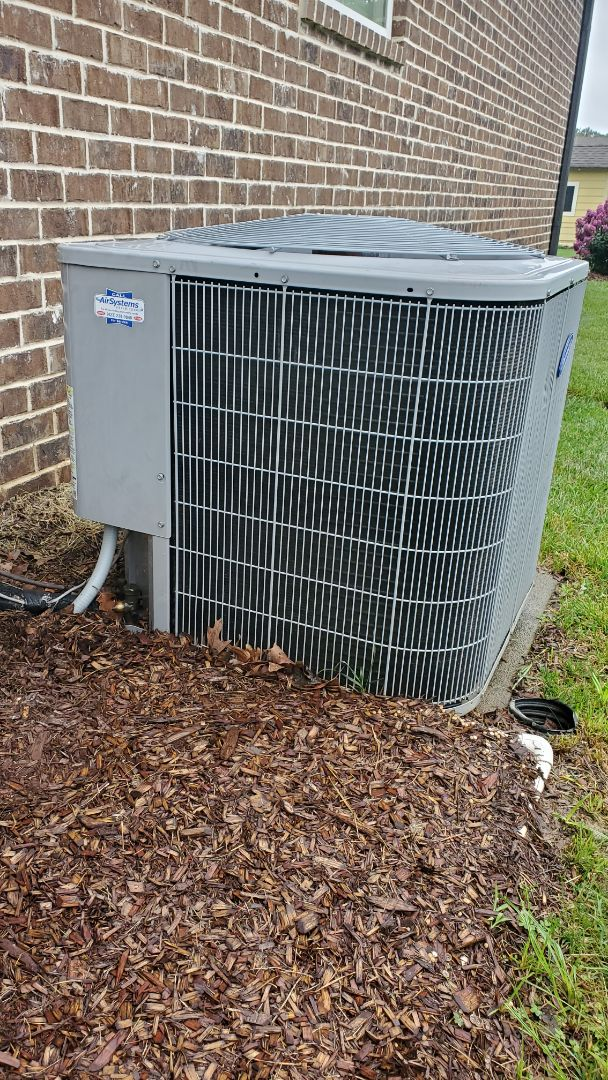 Ooltewah, TN - AC maintenance call. Performed service on Carrier units