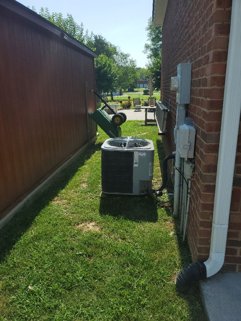 Cleveland, TN - Service call.  Performed maintenance on two Heil air conditioner