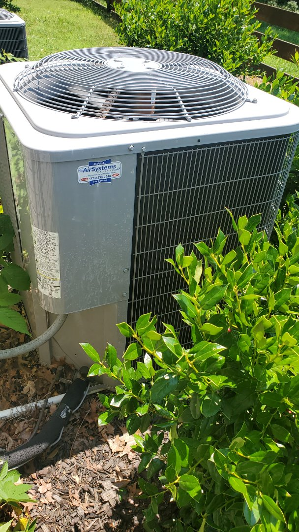 Signal Mountain, TN - AC service call. Performed repair on Carrier unit