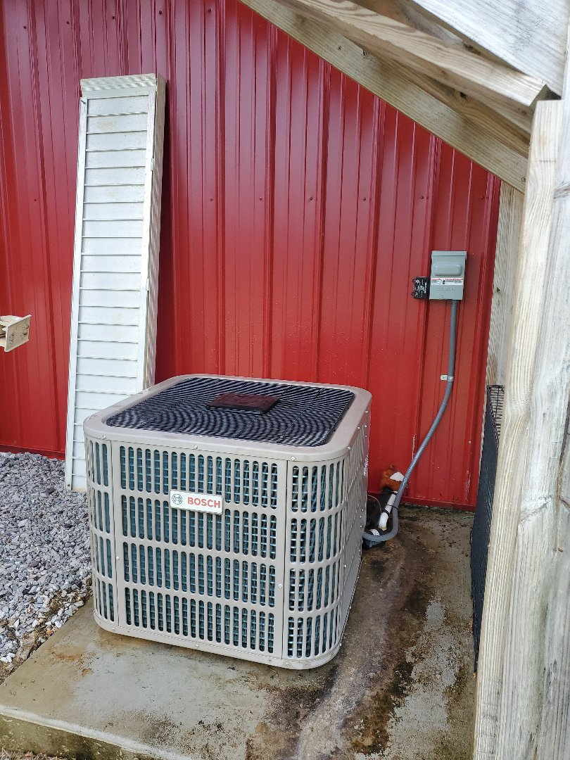 Apison, TN - Service call.  Performed repair on Bosch air conditioner