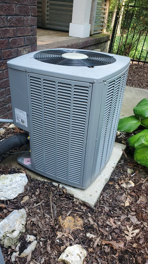 Signal Mountain, TN - AC maintenance call. Performed service on AirEase units and Mitsubishi mini split