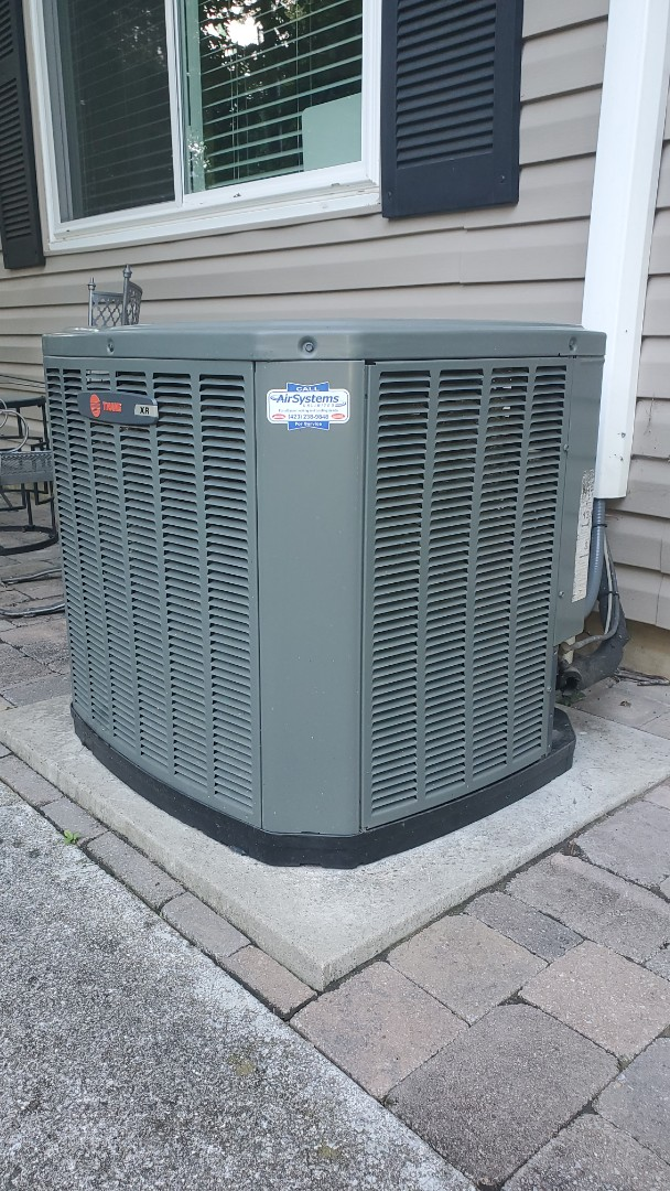 Chattanooga, TN - AC service call. Performed repair on Trane unit