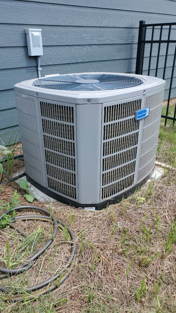 Apison, TN - AC warranty service call. Performed repair on American Standard system