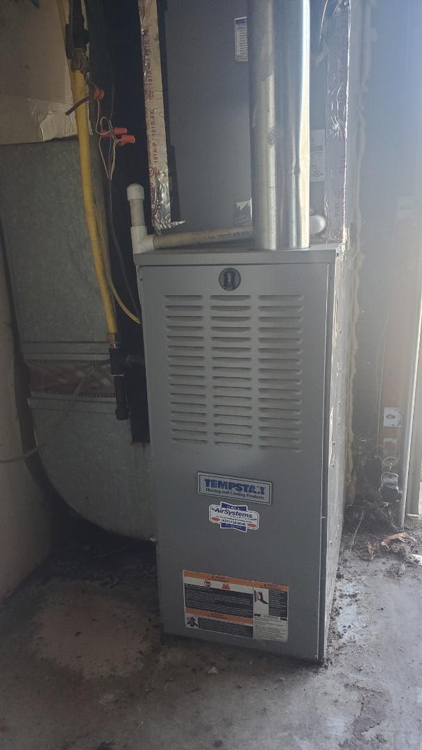 Soddy-Daisy, TN - AC maintenance call. Performed service on Tempstar system