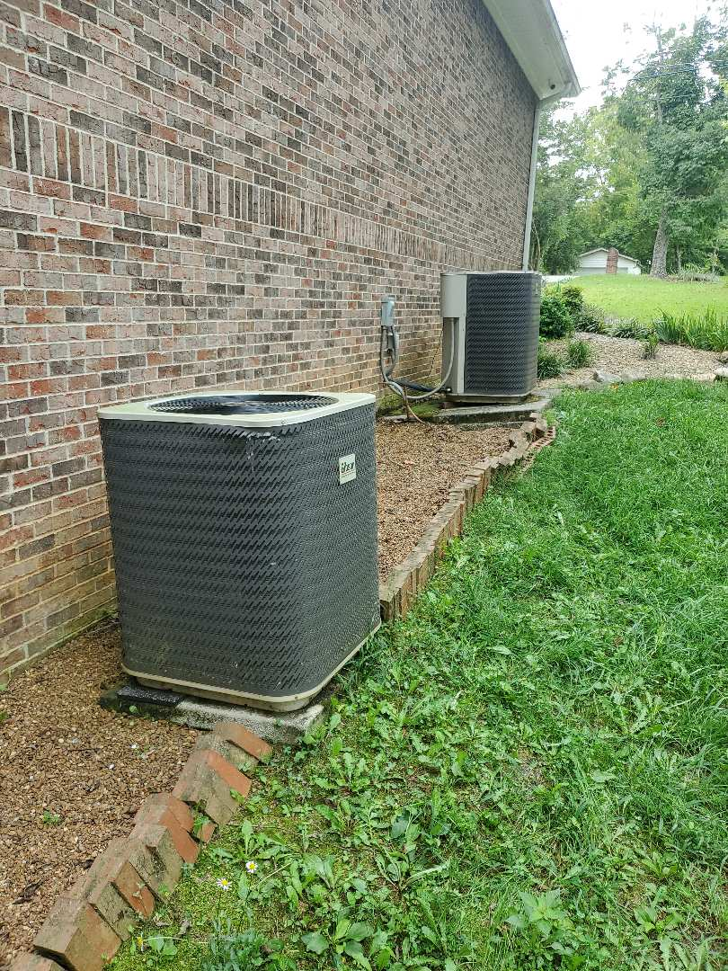Ooltewah, TN - Service call.  Performed service on two Gibson systems.