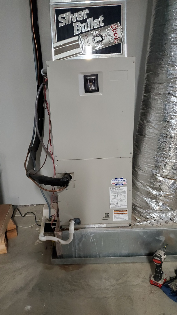 Cleveland, TN - Fall maintenance. Performed service on Maytag heat pump system