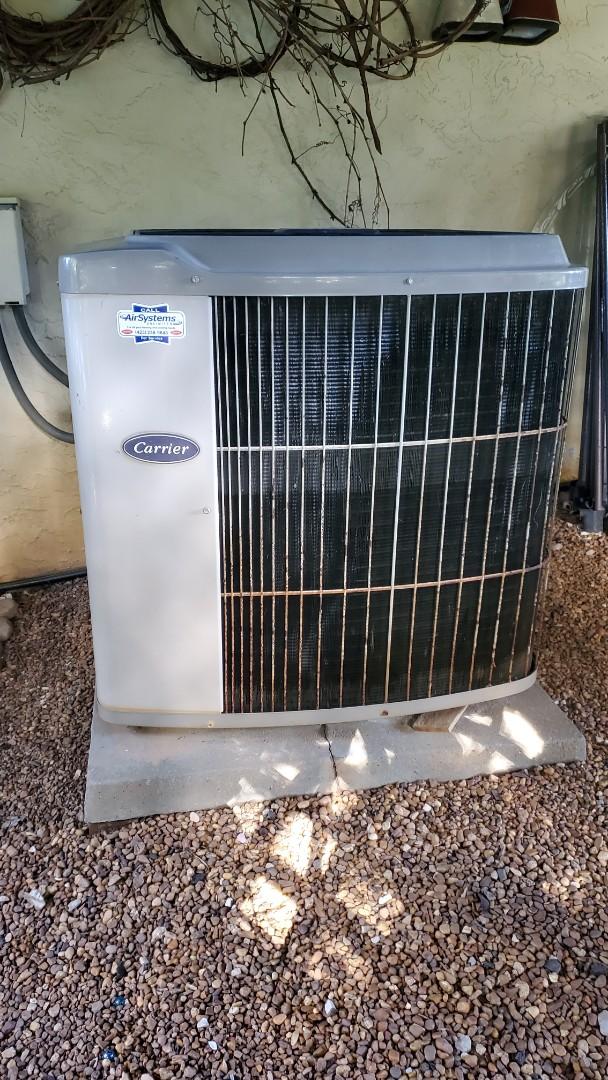 Cleveland, TN - Fall maintenance. Performed service on Carrier heat pump
