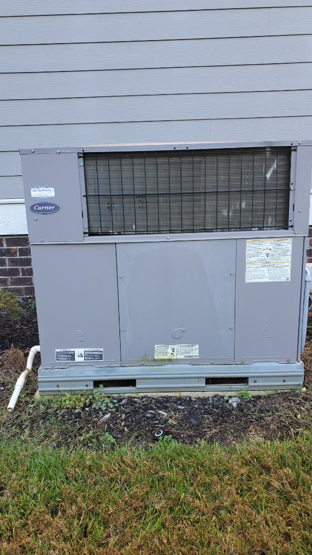 Apison, TN - Fall maintenance. Performed service on Carrier units