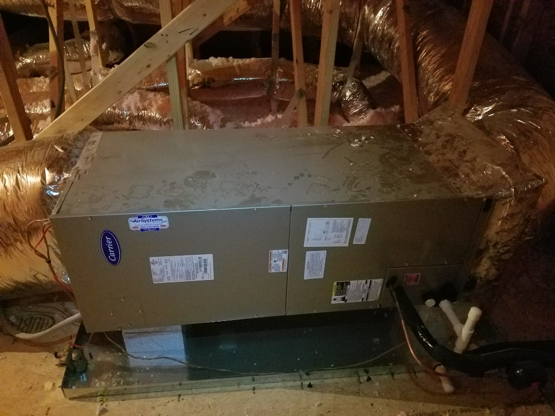 Signal Mountain, TN - Service call. Performed repair on Carrier Heat pump system