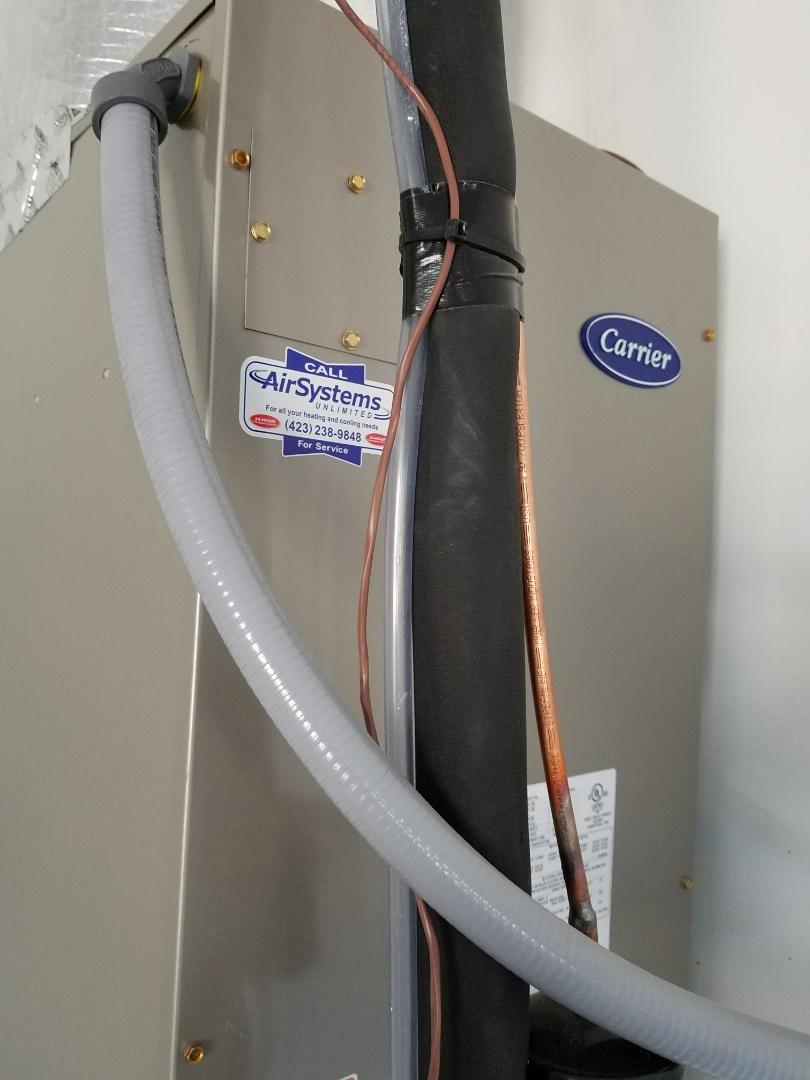 Signal Mountain, TN - Install. Installed new Carrier Heat Pump HVAC System