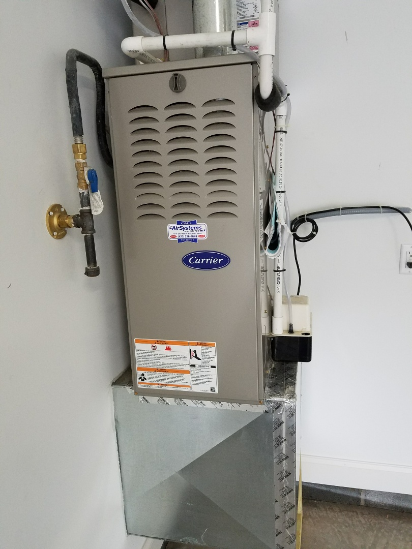 Ooltewah, TN - Maintenance Call. Performed tune up on Carrier Furnace