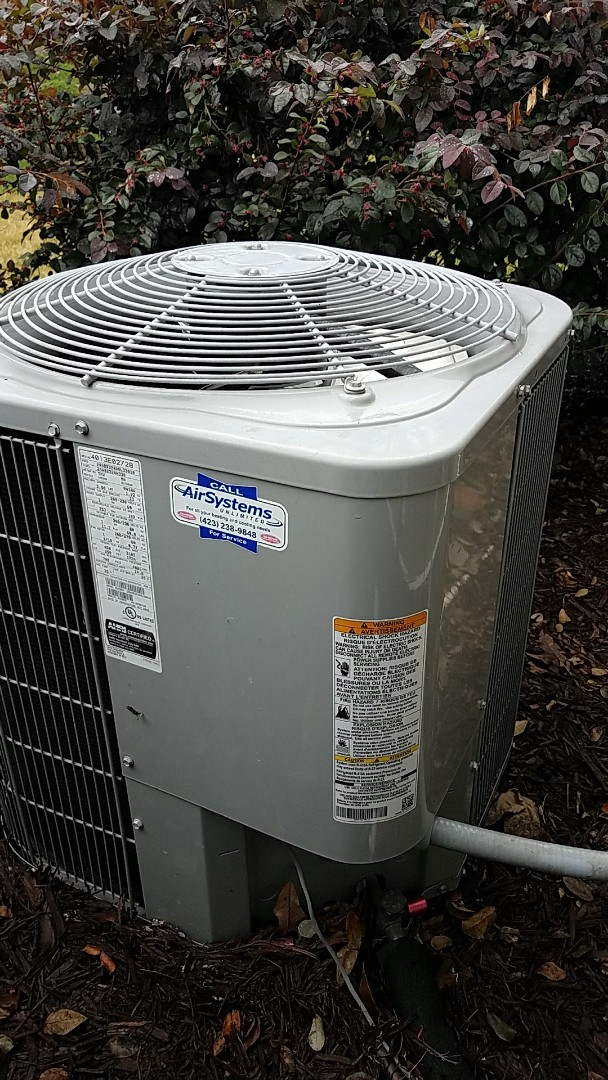 Chattanooga, TN - Service call. Performed repair on carrier hvac system.