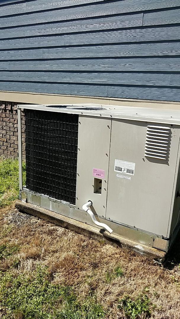 Ooltewah, TN - Preventive maintenance. Performed maintenance on Nutone hvac system.