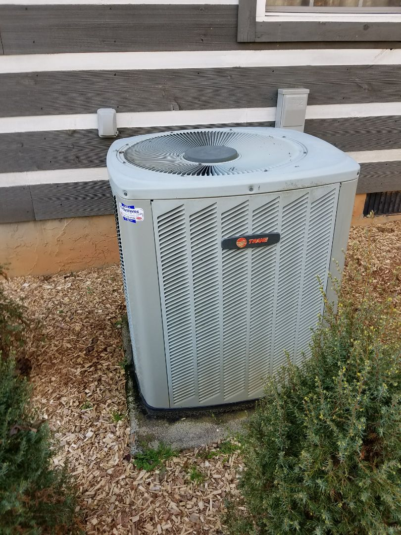 Chattanooga, TN - Service call. Performed repair on Trane Heat Pump HVAC System