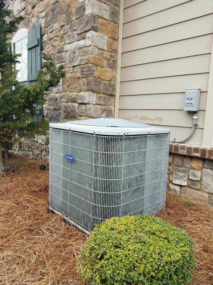 Ooltewah, TN - Preventive maintenance. Performed maintenance on carrier furnace.