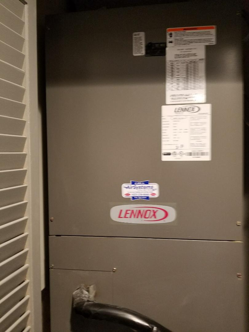 Chattanooga, TN - Service call. Performed repair on Lennox Heat Pump HVAC System
