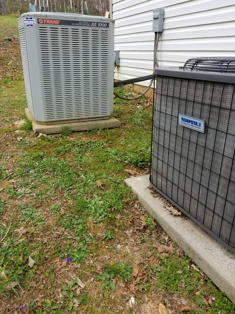 Cleveland, TN - Maintenance Call. Performed tune up on Trane Heat Pump and Tempstar Heat Pump HVAC System