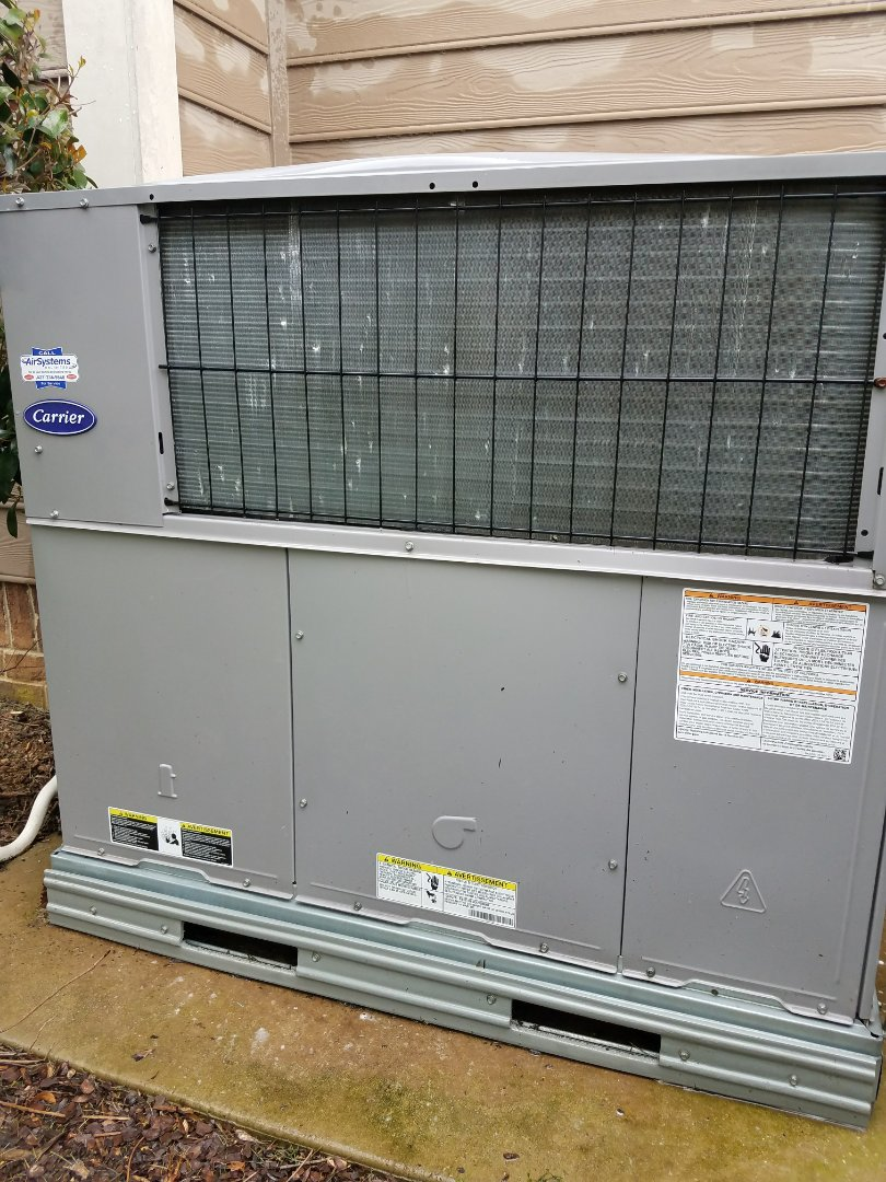 Chattanooga, TN - Preventive maintenance. Performed maintenance on carrier hvac systems