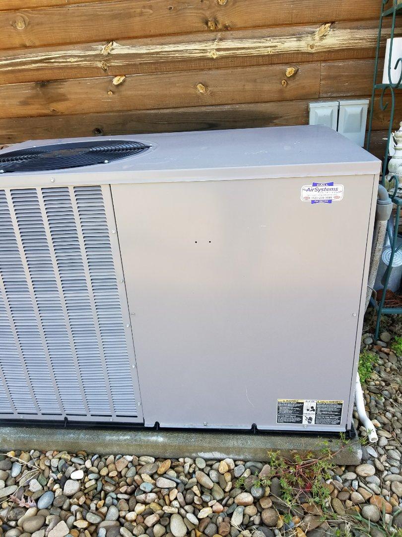 McDonald, TN - Maintenance Call. Performed tune up on Tempstar Package Heat Pump HVAC System