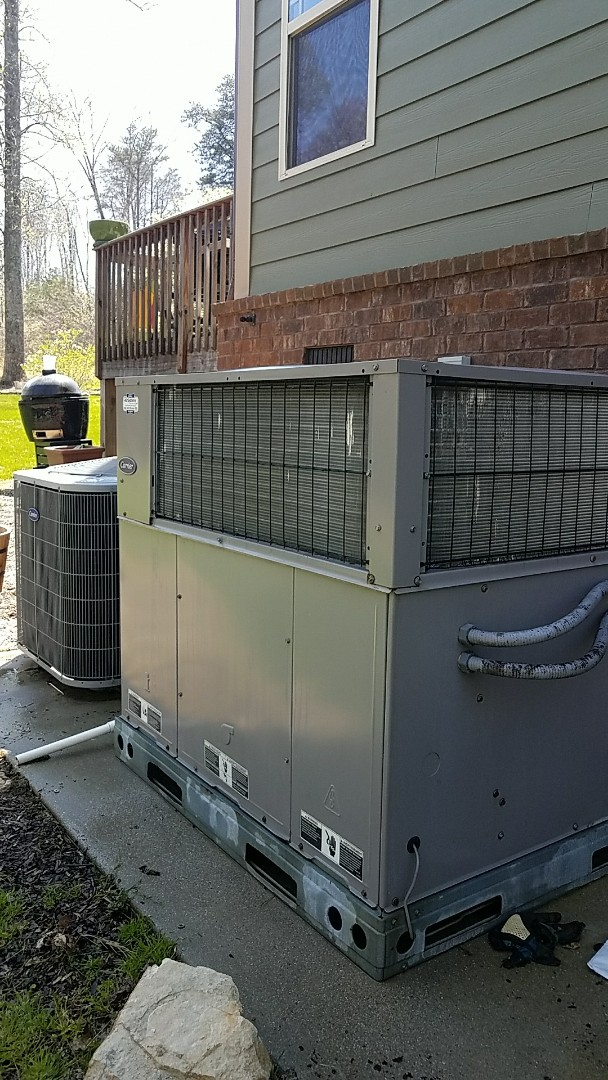 Signal Mountain, TN - Preventive maintenance. Performed maintenance on carrier heating and air systems.
