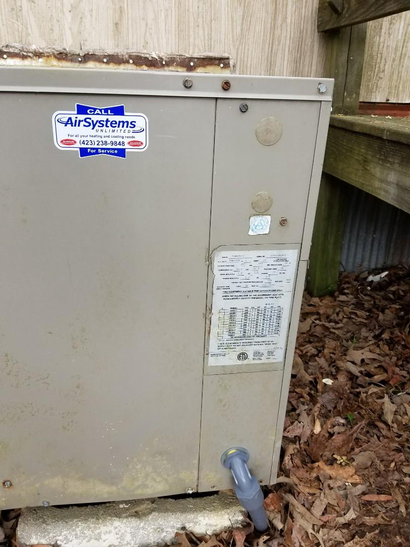 McDonald, TN - Service call. Performed repair on Goodman Heat Pump