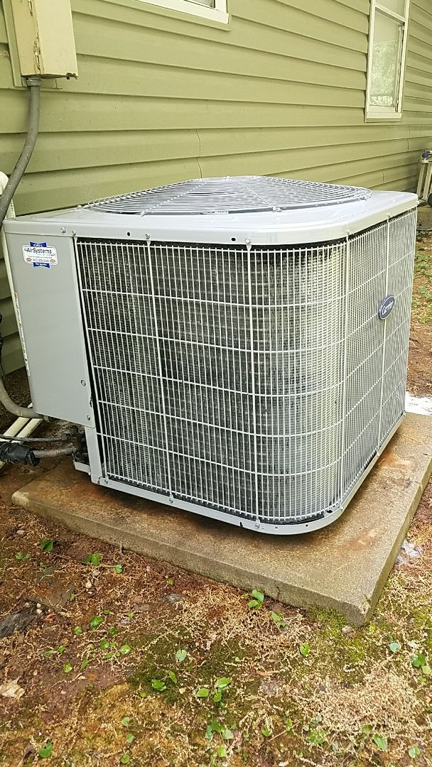 Cleveland, TN - Preventive maintenance. Performed maintenance on carrier heating and air system.