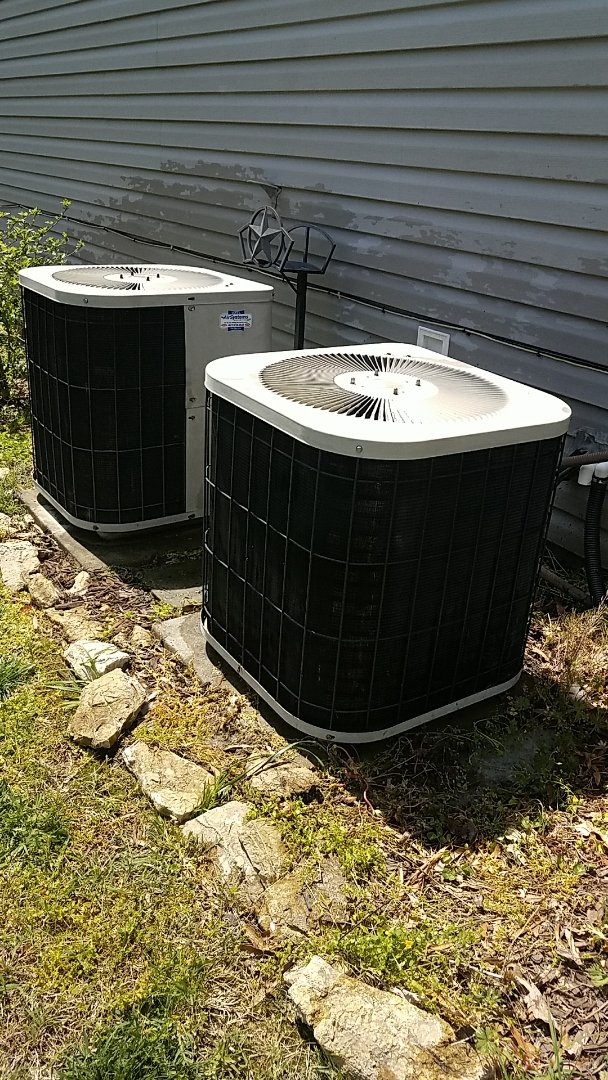 Cleveland, TN - Preventive maintenance. Performed maintenance on Goodman heating and air systems.